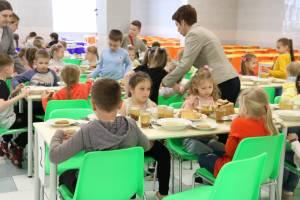 Брянский бюджет выделил 10,6 миллионов на питание детей в лагерях