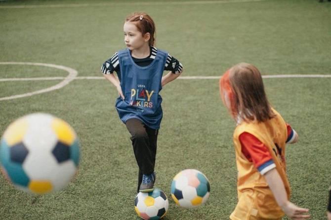 В Брянске при помощи мультиков Disney научат девочек играть в футбол