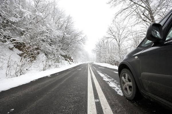 Брянским водителям потребовалась помощь дорожников на федеральных трассах