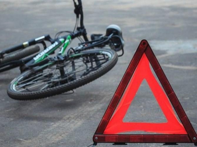 В Брянске на парковке возле «Линии» кроссовер сбил 10-летнего велосипедиста