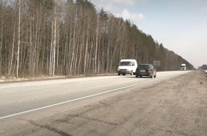 На Брянщине федеральные трассы очистят от грязи 78 специальных машин