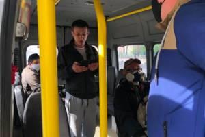 В брянских автобусах и маршрутках нашли 23 водителя без масок