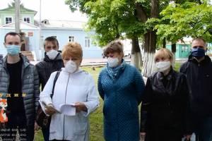 На Брянщине разгораются бунты медиков из-за «коронавирусных» надбавок