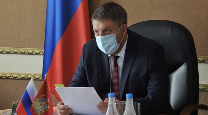 В Брянской области разрешили не носить маски на улице