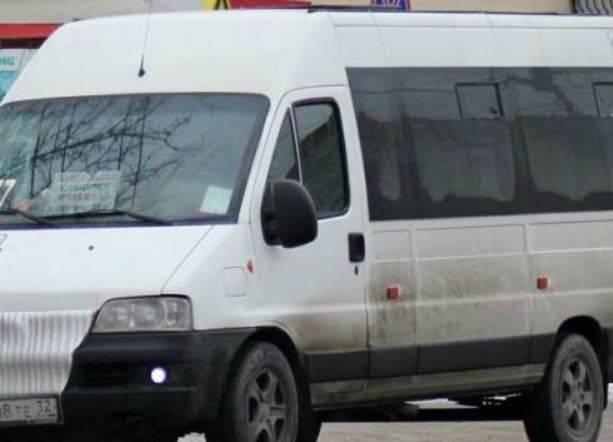 Водитель брянской маршрутки №46 бесплатно прокатил ребенка