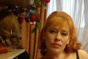 Актриса брянского ТЮЗа научила земляков печь хлеб
