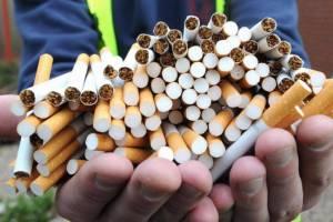 В Брянске у 25-летнего жителя обнаружили контрафактные сигареты