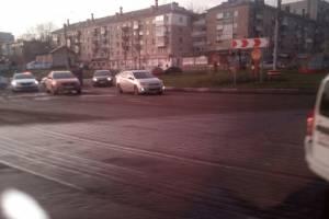 В Брянске на кольце возле бежицкой Линии произошло ДТП