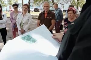 Прокуратура проверит позорный ремонт двора в Новозыбкове