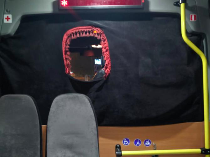 В Брянске водитель маршрутки №31 «замуровал» пассажиров