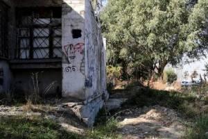 В Гордеевском районе чиновники не ограничили доступ в опасное здание
