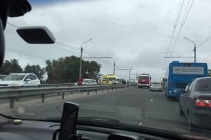 В Бежицком районе Брянска маршрутка попала в массовое ДТП
