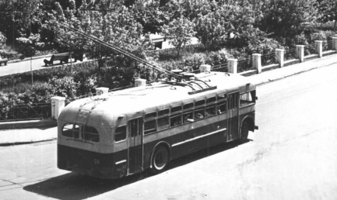 Брянскому троллейбусу 3 декабря исполнилось 60 лет