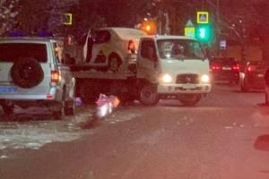В Брянске на Карачиже машина такси «Яндекс» попала в ДТП