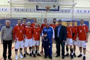 Брянские баскетболисты дважды разгромили соперников из Костромы