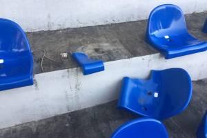 В поселке Локоть вандалы разгромили стадион
