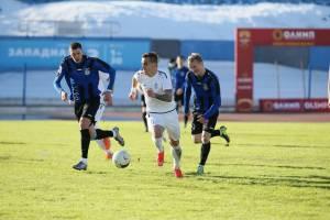 Брянское «Динамо» обыграло в гостях 1:0 ярославский «Шинник»