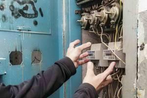 В Брасово «Газпром» обвинил водоканал в краже электричества у частного дома