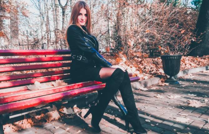 Финалистка «Мисс Брянск» Марина Синцова ждет от жюри оценку своей харизмы