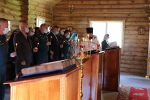 В Брянске прошла панихида по трагически погибшему главе МЧС Евгению Зиничеву