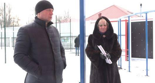 Брянский депутат Антошин отправил в нокаут подрядчика стройки спортплощадки