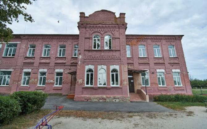 В брянском селе Жирятино из-за коронавируса закрыли школу