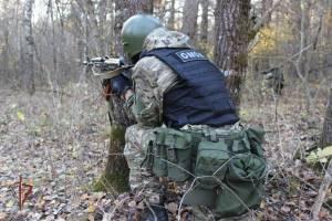 Брянские бойцы ОМОНа обезвредили вооруженных преступников