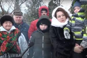 Брянцы встретят Новый год с самоваром под туей