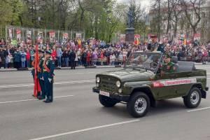 В Брянске начался парад Победы