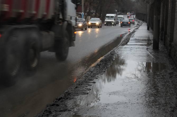 В Брянске улица Калинина в марте вновь станет в пробках