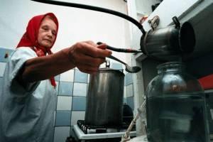 Брянскую самогонщицу оштрафовали на 40 тысяч рублей