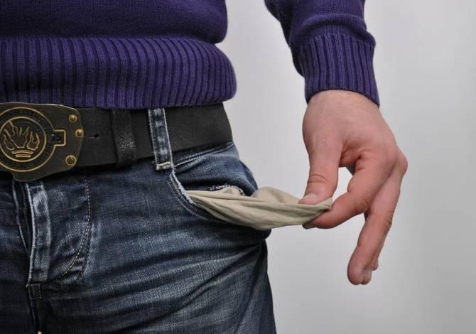 В Погарском районе сельхозпредприятие задолжало зарплату