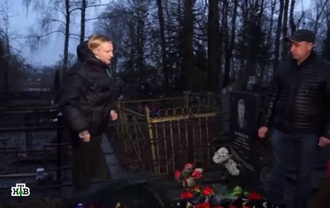 Экстрасенсы рассказали о смерти в Брянске 16-летнего чемпиона по бодибилдингу