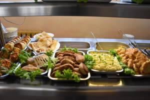 На Брянщине запретили ряд блюд в школьных столовых