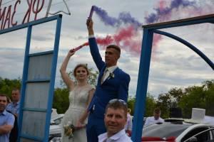 В Новозыбкове свадьба после ЗАГСа продолжилась на футбольном матче