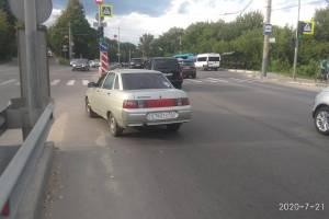 В Брянске ищут скрывшегося с места ДТП водителя