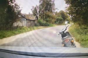В брянском селе поймали пьяного 49-летнего водителя мопеда