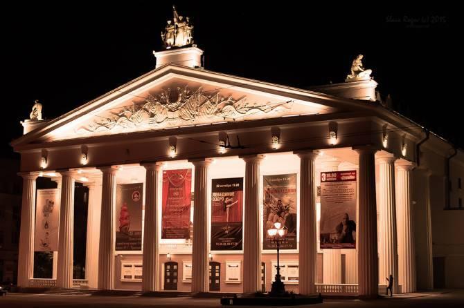 Брянцам покажут 12 лучших спектаклей драмтеатра