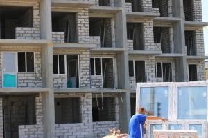 В Брянске начали стеклить комплекс Дворца единоборств
