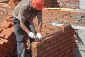 В поселке Климово начали строить дом для сирот и медиков