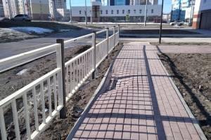 В Брянске начала разваливаться новая дорога по улице Грибачева