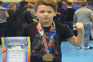 Уроженец Новозыбкова стал чемпионом мира по грэпплингу и ММА