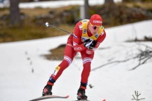 Брянский лыжник Большунов не смог выиграть шестую гонку подряд