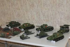 В брянской колонии строгого режима № 1 прошла выставка военной техники