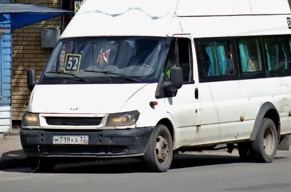 В Брянске водителей маршруток №52 назвали нехорошим словом