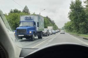 Брянск встал в огромной пробке в сторону Володарки
