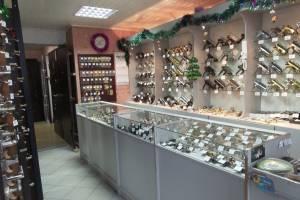 В Брянске владельца магазина «Замки, двери» оштрафовали за полосочки