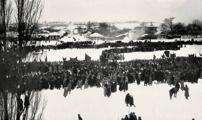 Траурный парад-митинг в Брянске в день смерти Ленина
