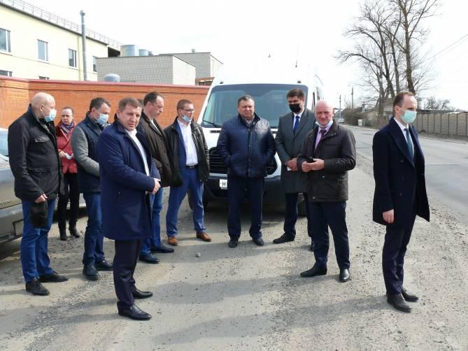 Депутаты Брянской облдумы оценили ремонт развалившихся дорог