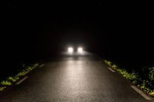 Житель Сельцо пожаловался в прокуратуру на дорогу без освещения и тротуаров